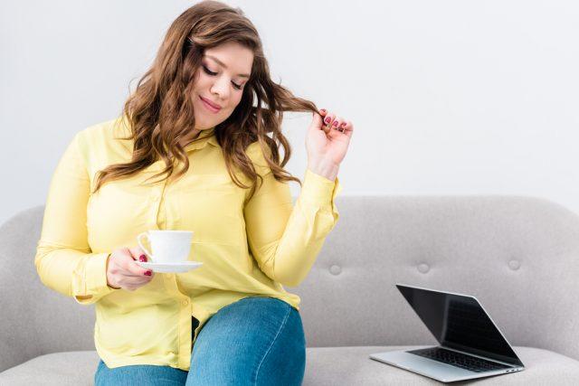 5 blogueiras plus size que você precisa conhecer e acompanhar (Foto: Depositphotos_192694166_s-2019)
